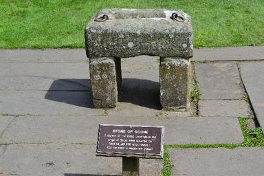 532822fa2d1c0 An Infamous Theft  The Stone of Scone - The Ultimate History Project